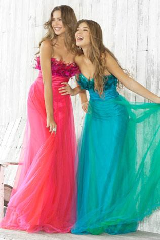Платья на выпускной 2012 с ценами в